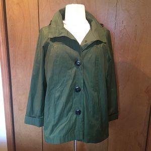 XL Gallery green fall raincoat with hood